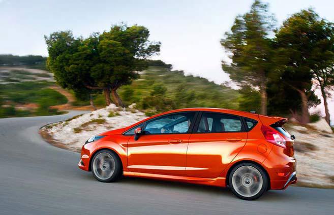 Ford Fiesta 2016 (1)