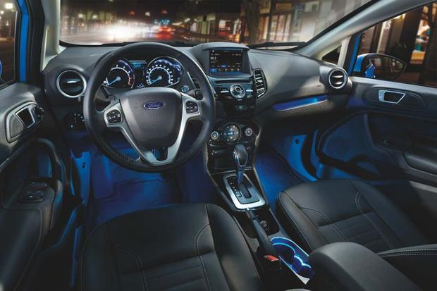 Ford Fiesta 2016 (6)