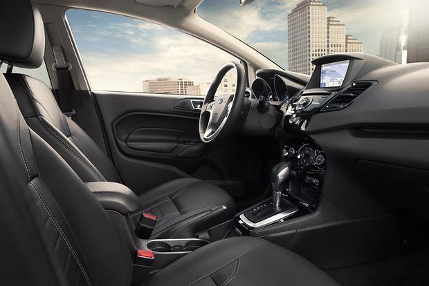 Ford Fiesta 2016 (8)